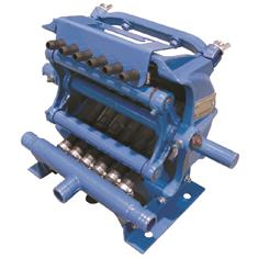 "JOHN BLUE 6 ROW SQUEEZE TUBE PUMP 1/2"" HOSE"